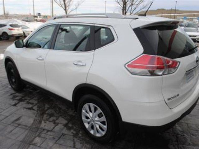 Airdrie Used Cars: 2015 Nissan Rogue S *No Accidents, Local Vehicle