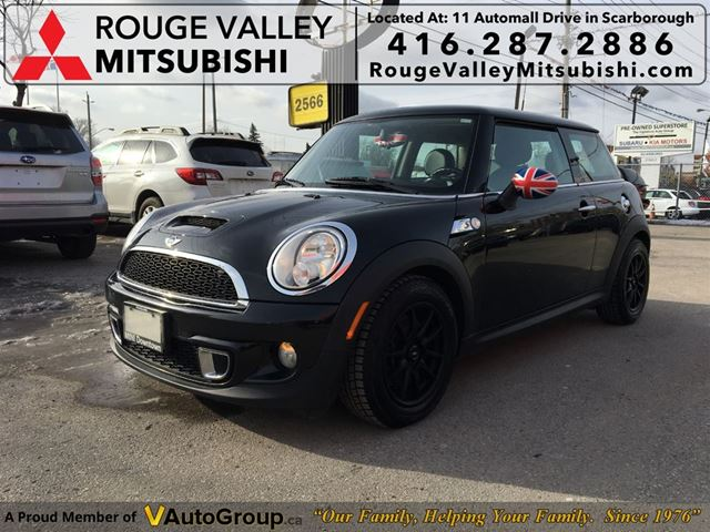 2012 MINI COOPER NO ACCIDENT, FULL DEALER SERVICE RECORDS !!! in Scarborough, Ontario