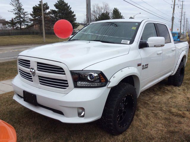 2017 dodge ram 1500 sport milton ontario used car for sale 2703268. Black Bedroom Furniture Sets. Home Design Ideas