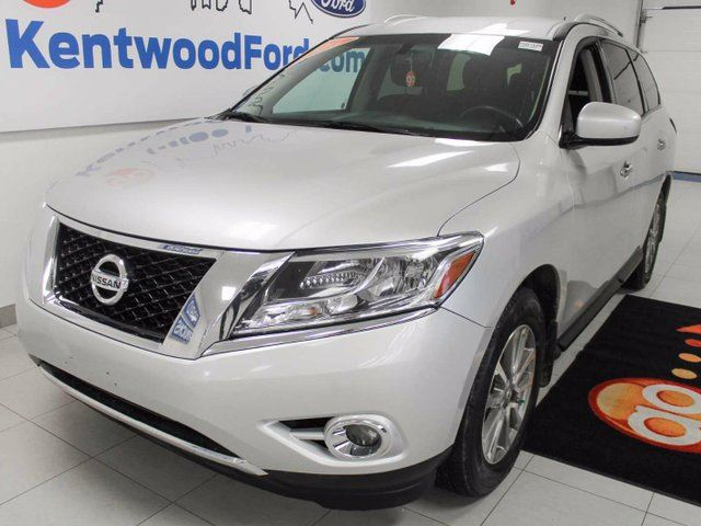 2014 nissan pathfinder sv 4wd 7 seater got yourself a prime ride edmonton alberta car. Black Bedroom Furniture Sets. Home Design Ideas