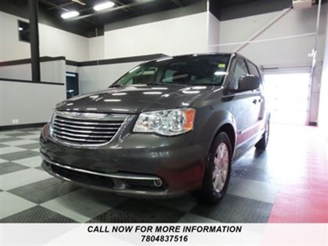 2016 chrysler town and country touring edmonton alberta used car for sale 2704301. Black Bedroom Furniture Sets. Home Design Ideas