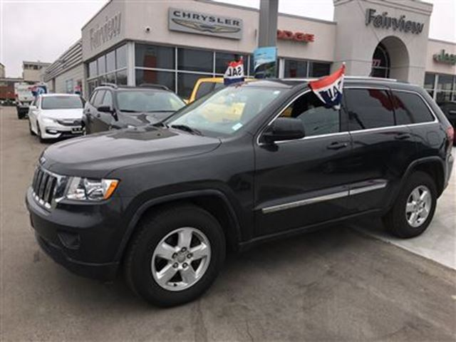 2011 jeep grand cherokee laredo burlington ontario used car for. Black Bedroom Furniture Sets. Home Design Ideas