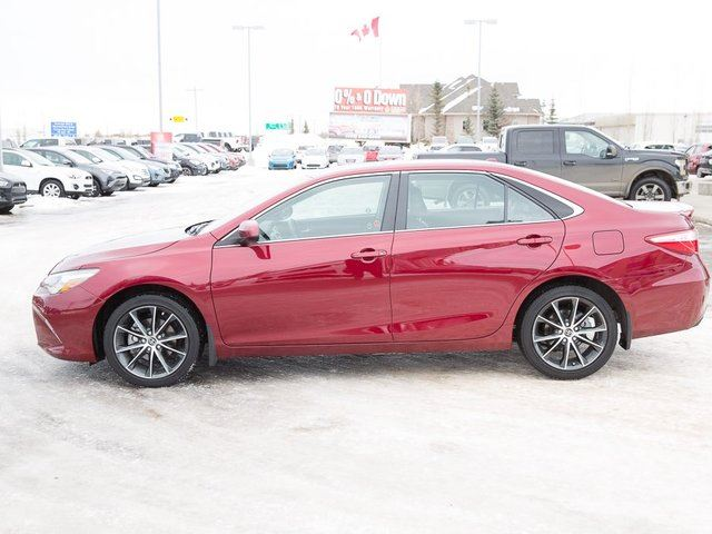 2016 toyota camry le red deer county alberta used car for sale 2704565. Black Bedroom Furniture Sets. Home Design Ideas