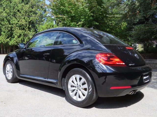 2013 volkswagen new beetle 2 5l comfortline langley. Black Bedroom Furniture Sets. Home Design Ideas