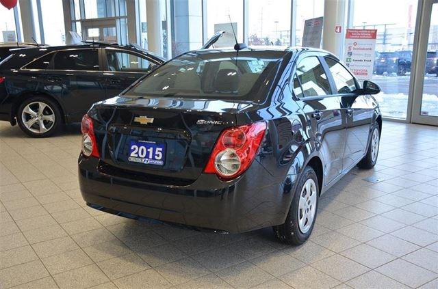 2015 chevrolet sonic ls auto ls bluetooth ac power group milton ontario used car for. Black Bedroom Furniture Sets. Home Design Ideas