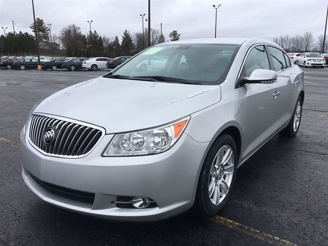 2013 buick lacrosse luxury cayuga ontario used car for sale 2704820. Black Bedroom Furniture Sets. Home Design Ideas