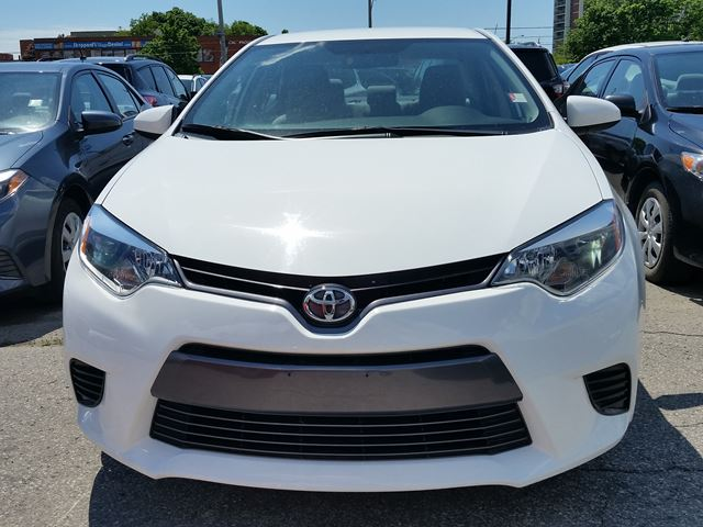 2015 toyota corolla le scarborough ontario used car for sale 2704665. Black Bedroom Furniture Sets. Home Design Ideas
