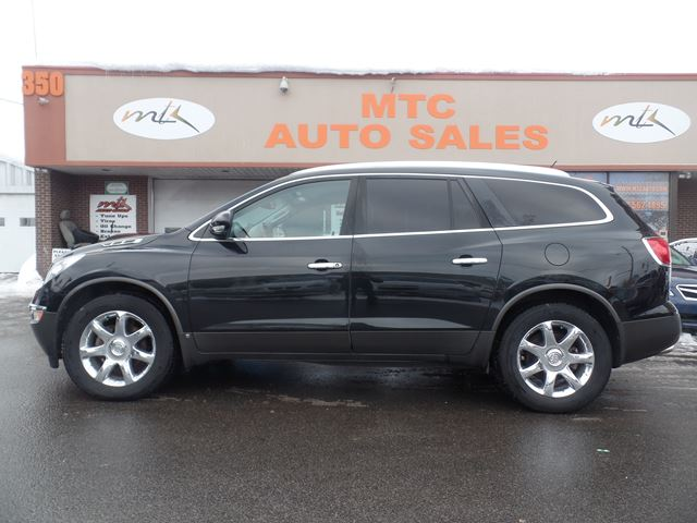 2010 buick enclave cxl1 ottawa ontario used car for sale 2705466. Black Bedroom Furniture Sets. Home Design Ideas