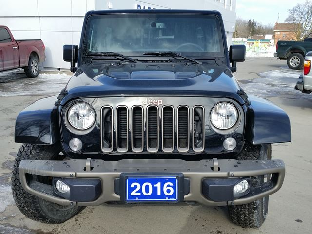 2016 jeep wrangler unlimited 75th anniversary lindsay ontario used car for sale 2705522. Black Bedroom Furniture Sets. Home Design Ideas