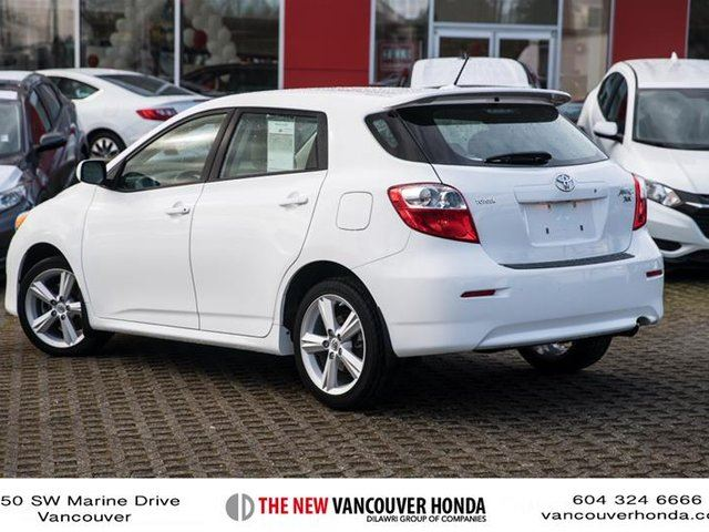 2010 toyota matrix xr fwd 5a vancouver british columbia used car for sale 2705646. Black Bedroom Furniture Sets. Home Design Ideas