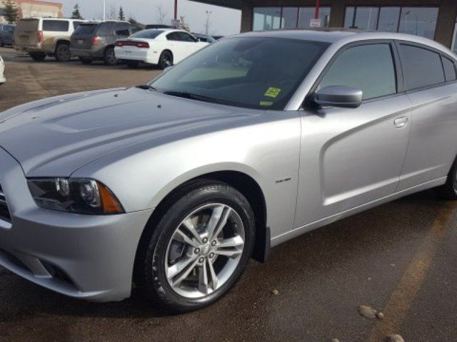 2014 dodge charger awd rt hemi accident free navigation gps leather heated seats sunroof. Black Bedroom Furniture Sets. Home Design Ideas