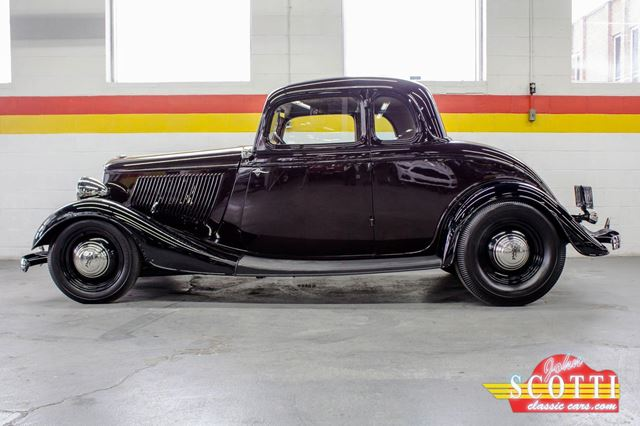 1933 Ford Hot Rod Steel Body in Montreal, Quebec