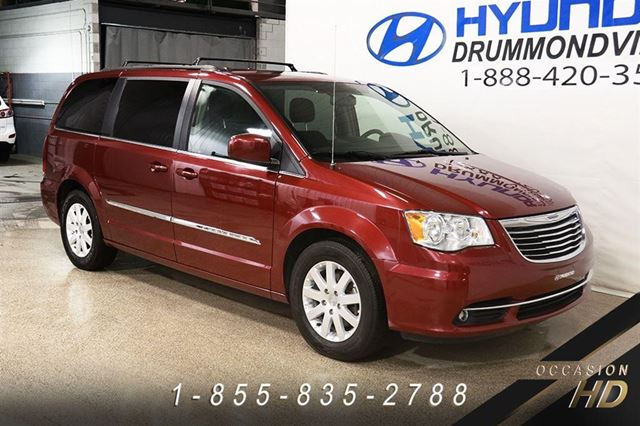 2015 chrysler town and country touring garantie jamais ac drummondville quebec used car. Black Bedroom Furniture Sets. Home Design Ideas