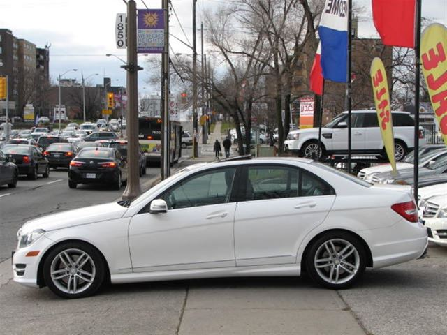 2013 mercedes benz c class c 300 4matic no accident for Average insurance cost for mercedes benz c300