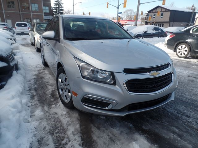 2015 chevrolet cruze 1lt ottawa ontario car for sale 2705614. Black Bedroom Furniture Sets. Home Design Ideas