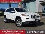 2016 Jeep Cherokee Limited ACCIDENT FREE w/ 4X4, PANORAMIC SUNROOF & LEATHER in Surrey, British Columbia
