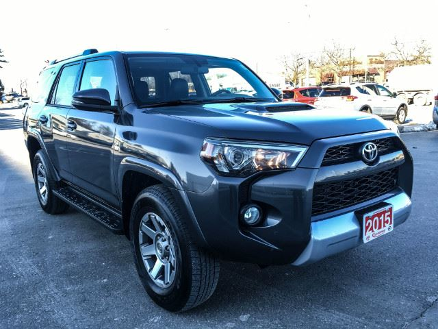 2015 toyota 4runner trail edition cobourg ontario used car for sale 2706526. Black Bedroom Furniture Sets. Home Design Ideas