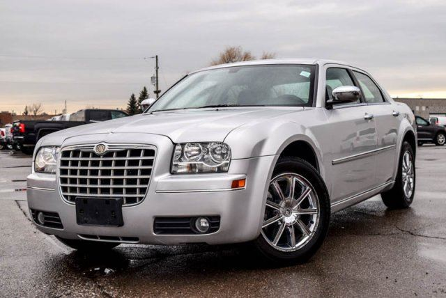 2010 chrysler 300 touring awd bluetooth leather heated front seats keyless entry 18alloy rims. Black Bedroom Furniture Sets. Home Design Ideas