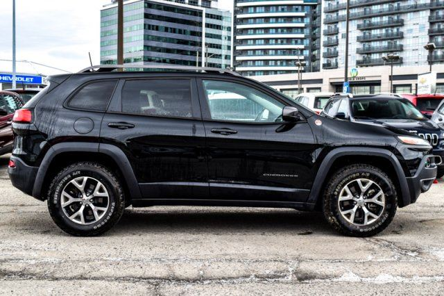 2016 jeep cherokee trailhawk 4x4 nav rearcam bluetooth. Black Bedroom Furniture Sets. Home Design Ideas
