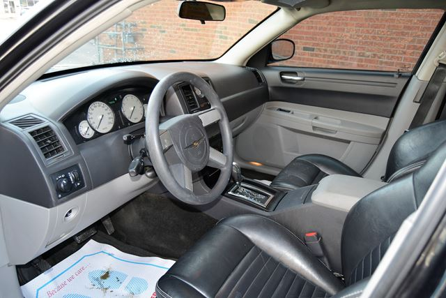 2006 chrysler 300 touring brampton ontario used car for. Black Bedroom Furniture Sets. Home Design Ideas