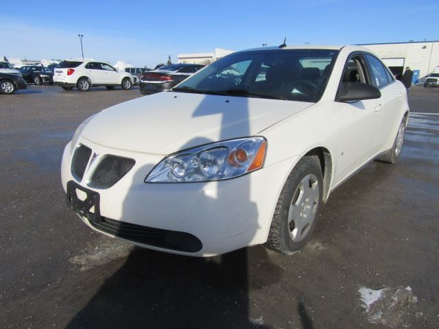 2008 pontiac g6 white north toronto auction. Black Bedroom Furniture Sets. Home Design Ideas
