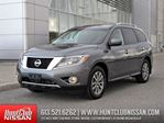 2016 Nissan Pathfinder SV 4X4   Rear Camera, Heated Seats, 7-Passenger in Ottawa, Ontario
