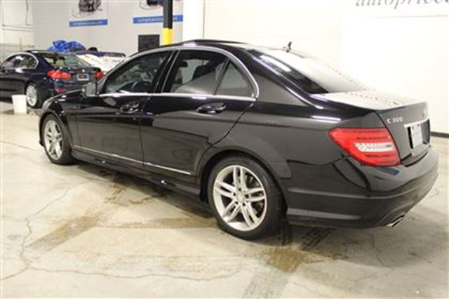 20 used cars in stock toronto mercedes benz toronto for Used mercedes benz toronto
