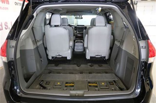 2014 toyota sienna loaded limited all wheel drive nav. Black Bedroom Furniture Sets. Home Design Ideas