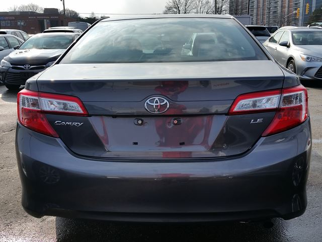 2013 toyota camry scarborough ontario used car for sale 2709670. Black Bedroom Furniture Sets. Home Design Ideas