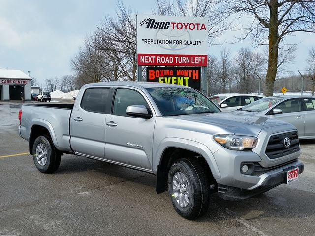 2017 toyota tacoma sr5 lindsay ontario new car for sale 2709914. Black Bedroom Furniture Sets. Home Design Ideas