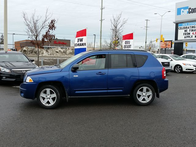 used 2010 jeep compass 4x4 only 19 down 41 wkly. Black Bedroom Furniture Sets. Home Design Ideas
