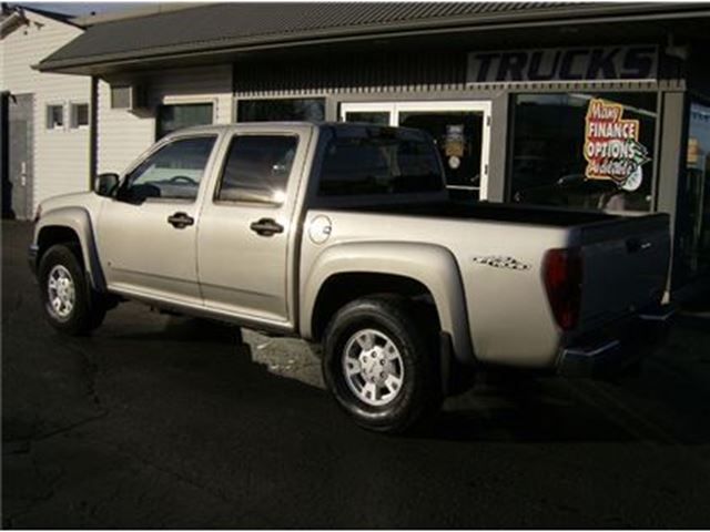 2007 gmc canyon crew cab sits up nice welland. Black Bedroom Furniture Sets. Home Design Ideas