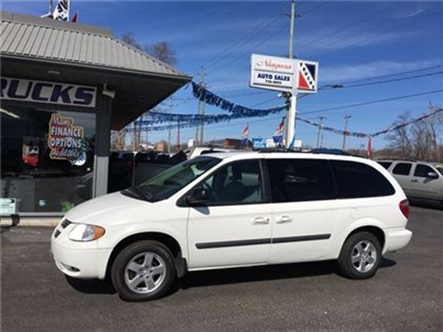 2007 dodge grand caravan stow and go we finance welland ontario used car for sale 2712303. Black Bedroom Furniture Sets. Home Design Ideas