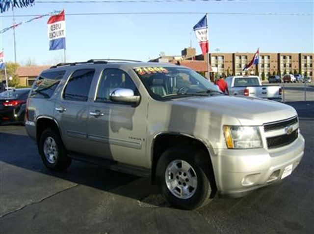 2009 chevrolet tahoe lt 7 passenger shorty 4x4 welland. Black Bedroom Furniture Sets. Home Design Ideas
