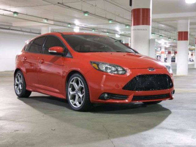 2014 ford focus turbo 4dr hatchback red 780cars. Black Bedroom Furniture Sets. Home Design Ideas