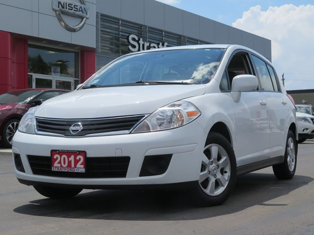 2012 nissan versa sl stratford ontario car for sale 2712688. Black Bedroom Furniture Sets. Home Design Ideas