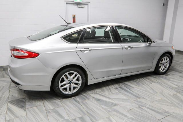 2013 ford fusion se heated seats new tires brakes. Black Bedroom Furniture Sets. Home Design Ideas