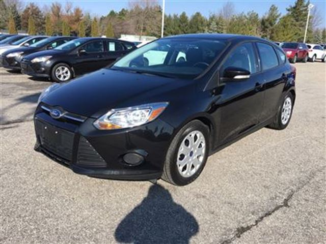 2014 ford focus se bluetooth manual black autopark niagara. Black Bedroom Furniture Sets. Home Design Ideas