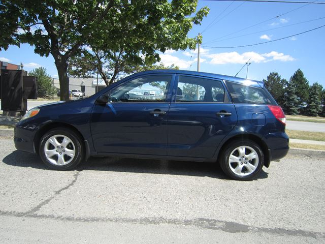 2003 toyota matrix mississauga ontario car for sale. Black Bedroom Furniture Sets. Home Design Ideas