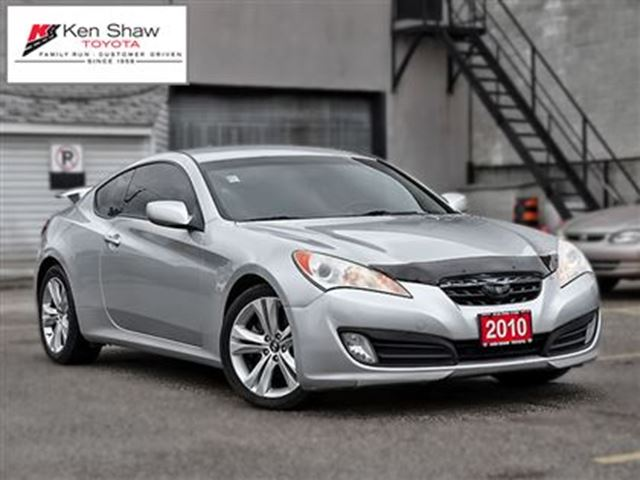2010 hyundai genesis 2 0t toronto ontario used car for sale 2715556. Black Bedroom Furniture Sets. Home Design Ideas