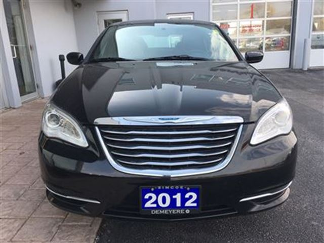 2012 chrysler 200 lx one owner simcoe ontario used car. Black Bedroom Furniture Sets. Home Design Ideas