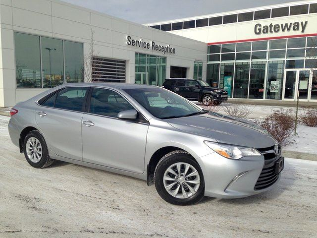 2015 toyota camry le back up cam bluetooth usb aux inpur edmonton alberta used car for sale. Black Bedroom Furniture Sets. Home Design Ideas