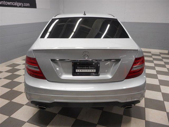 2014 mercedes benz c class c300 4matic avantgarde bi xenon for How much does a mercedes benz silver lightning cost