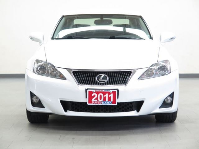 2011 lexus is 250 4wd alloys north york ontario used. Black Bedroom Furniture Sets. Home Design Ideas