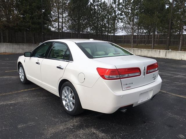 2012 lincoln mkz cayuga ontario used car for sale 2715830. Black Bedroom Furniture Sets. Home Design Ideas