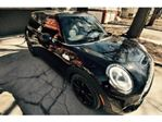2015 MINI Cooper S with the Essentials package, LED lights package+ + + in Mississauga, Ontario