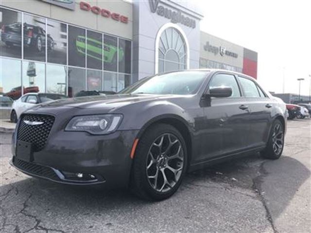 2016 chrysler 300 300s panoramic sunroof 8 4 navigation woodbridge ontario used car for. Black Bedroom Furniture Sets. Home Design Ideas