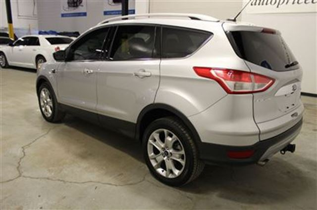 2016 ford escape titanium panoroof navi leather mississauga ontario used car for sale 2717452. Black Bedroom Furniture Sets. Home Design Ideas