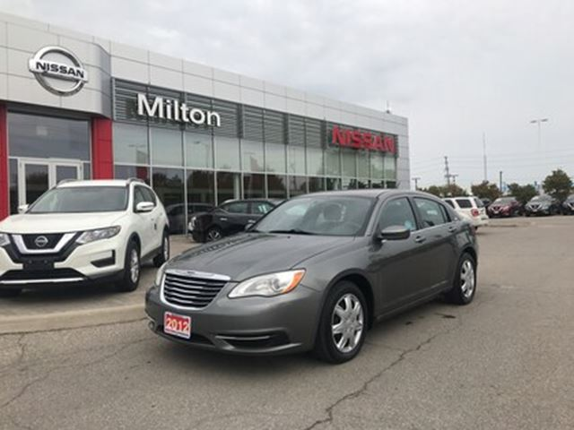 2012 chrysler 200 lx 56 000km milton ontario used car. Black Bedroom Furniture Sets. Home Design Ideas