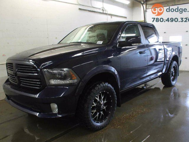 2015 dodge ram 1500 sport 4x4 crew cab sunroof heated and ventilated front seats rear back. Black Bedroom Furniture Sets. Home Design Ideas